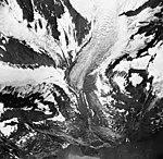 Tyeen Glacier, hanging glacier terminus and mountain glaciers, August 30, 1964 (GLACIERS 5909).jpg