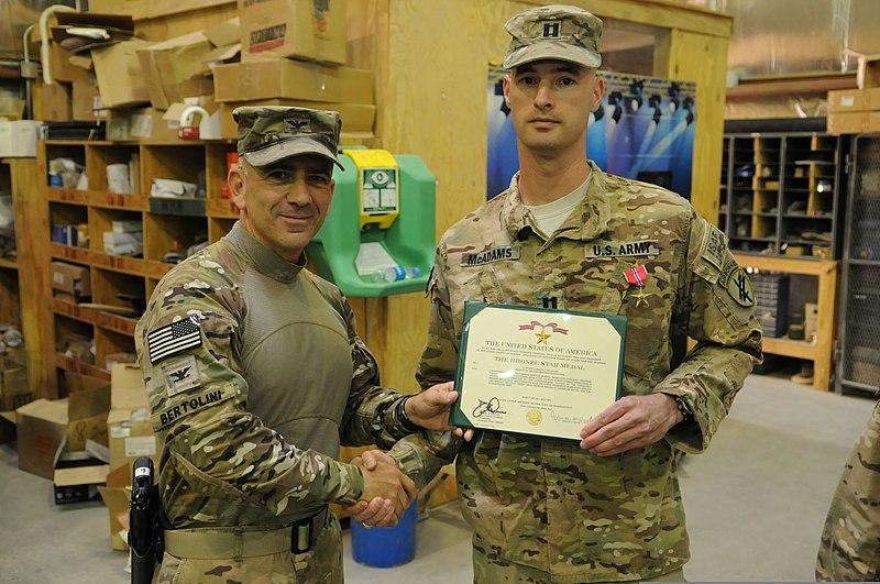 File:U.S. Army Col. Mark Bertolini, left, the deputy commander of ...