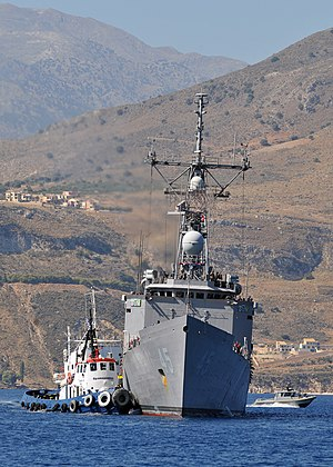 Greece–United States relations - The Oliver Hazard Perry-class guided-missile frigate USS De Wert (FFG 45) arrives for a port visit to Greece's largest island of Crete on 24 August 2011