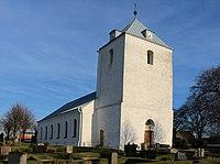 Västra Alstads kyrka, april 2015.jpg