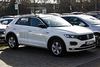 Volkswagen T-Roc - Image: VW T Roc R Line Filderstadt 1Y7A4881