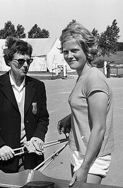 Veenstra and Meike de Vlas in 1964.jpg