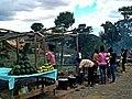 Vendeur ambulant Madagascar.jpg