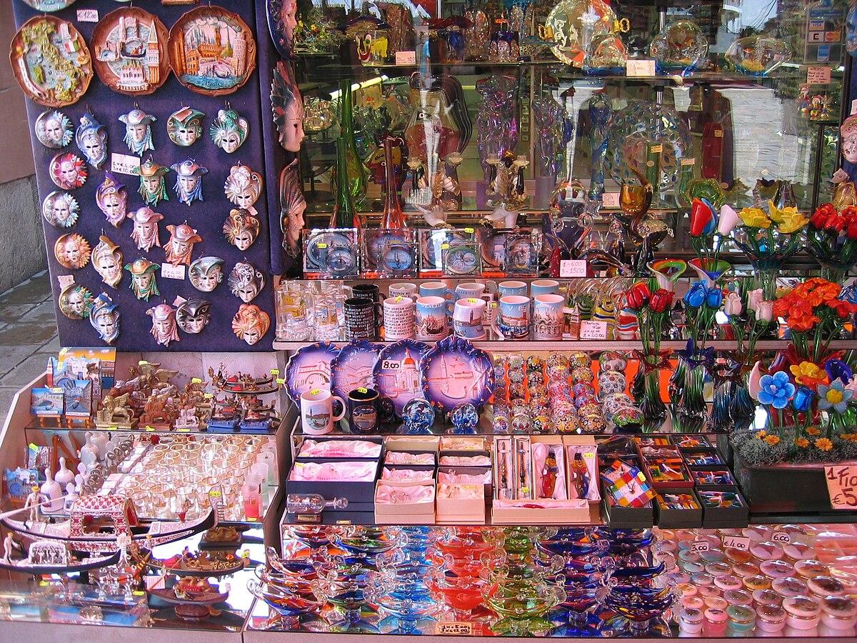 вот так сувениры в венеции фото результате