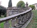 Villa di lappeggi, rampa scalinata sx 03.JPG
