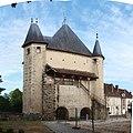 Villeneuve-sur-Yonne-FR-89-porte de Sens-coté mairie-a2.jpg