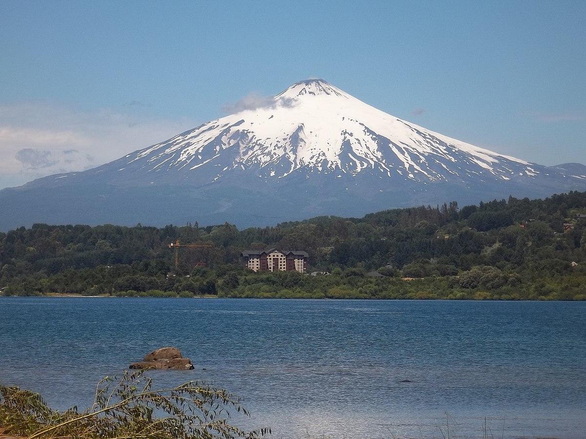 Villarrica (volcano) - Wikipedia