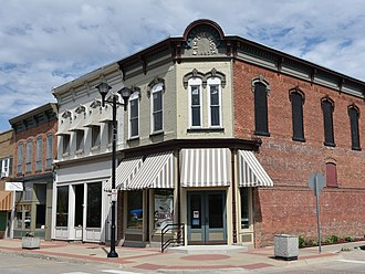 Montezuma, Iowa - Image: W. Emslie Block