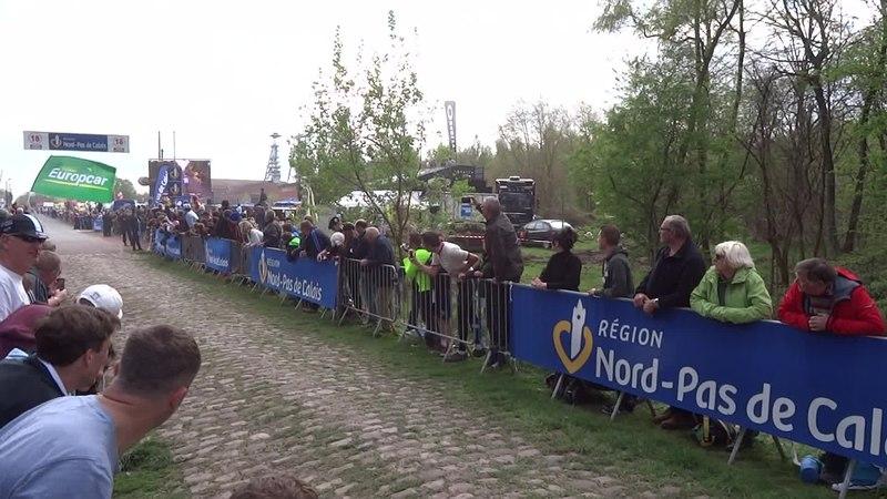 File:Wallers - Paris-Roubaix, le 13 avril 2014 (09).ogv