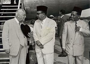 Abdul Razak Hussein - Deputy Prime Minister Razak greeting New Zealand Prime Minister Walter Nash in 1960.