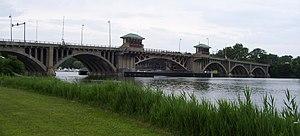 Washington Bridge (Connecticut) - The Washington Bridge, as seen from the Stratford side of the Housatonic River