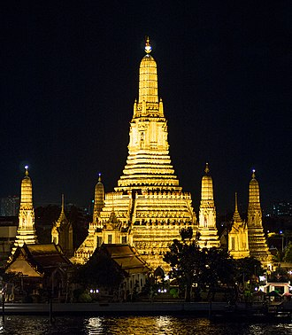 Bangkok Yai District - Prang of Wat Arun in night