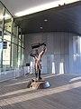 Wayne Gretzky statue 3.jpg