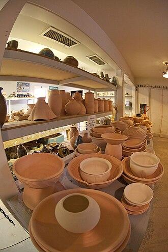 WheatonArts - Image: Wheaton Pottery