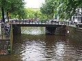 Wim Sonneveldbrug, brug 175 in de Marnixstraat over de Leidsegracht.JPG