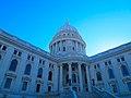 Wisconsin State Capitol - panoramio (22).jpg