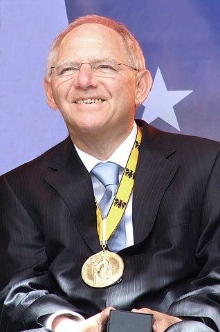 Wolfgang Schäuble, Karlspreis, 2012
