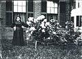 Woman in Keene New Hampshire (5266299119).jpg
