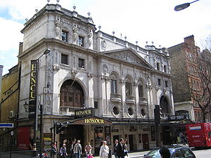 Wyndham's Theatre - Honour, starring Diana Rigg, at Wyndham's in 2006