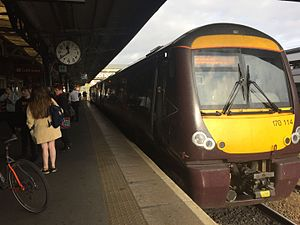 Worcester Shrub Hill railway station - CrossCountry train calling at Worcester Shrub Hill, Cardiff-Nottingham service (October 2016)