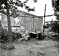 """""""Kotu"""" za prasce (prašiče) kuhat na prostem (samo poleti), Lopar 1950 (2).jpg"""