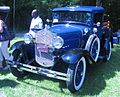 '31 Ford Model AA (Auto classique Laval '11).JPG