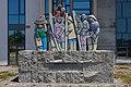 Ás xentes do mar. Obra de Francisco Escudero deseñada por Issac Díaz Pardo. Rianxo. Galiza-3.jpg