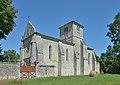 Èglise Saint-Pierre Angeac Charente 2013 sud.jpg