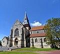Église Saint-Sauveur de Beaumont-en-Auge. Vue sud.jpg