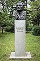Паметник на Емилиян Станев 2.jpg