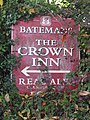 -2018-10-20 Sign, this way to the Crown, Trunch, Norfolk.JPG
