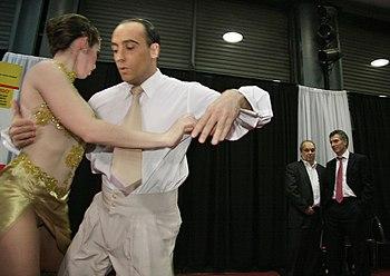 10.08.31 Macri saluda a los competidores del Campeonato Mundial de Tango