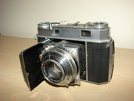 Kodak Retina Series Cameras were produced between 1949 until 1956. It also had the KodaChrome Technology 1949-56 Retina IIa 35mm Camera.JPG