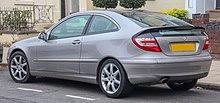 220px-2006_Mercedes-Benz_C220_CDi_SE_Automatic_2.1_Rear.jpg
