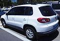 2008-2010 Volkswagen Tiguan (5N) 125TSI 4MOTION wagon (2016-02-10) 02.jpg