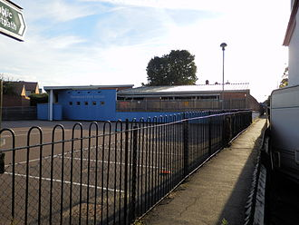 Stoneleigh, Surrey - The Mead Infant School