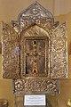 2014 Prowincja Armawir, Wagharszapat, Katedra w Eczmiadzynie, Wnętrze, Relikwiarz zawierający fragment Arki Noego.jpg