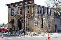 2014 South Napa quake - Stones Fallen From Face of Sam Kee - 1 (15014707736).jpg
