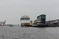 2015-03-28 AIDAmar Hamburg 3.jpg