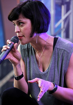 Dessa - Dessa performing in 2017