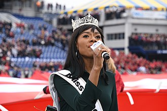 Nia Franklin - Franklin singing the National Anthem prior to the 2018 Military Bowl.