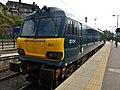92014 at Edinburgh Waverley (33914628823).jpg