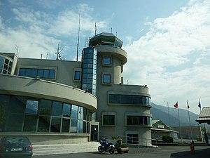 Aosta Valley Airport - Image: Aéroport de la Vallée d'Aoste 2