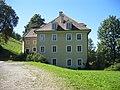 AT-80533 Großlobming Amtshof und Nebengebäude des Schlosses 02.JPG