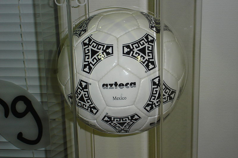 Αρχείο:Adidas Azteca Mexico 1986 Official ball.jpg