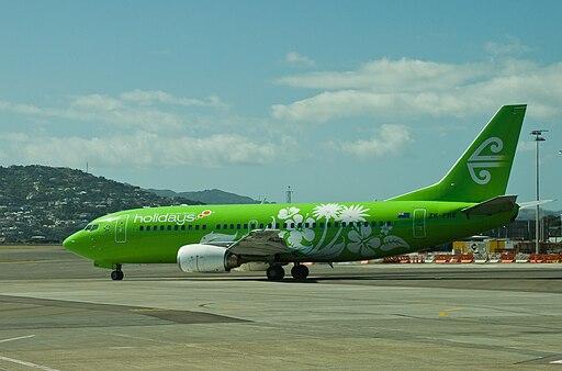 Air New Zealand Boeing 737-300 ZK-FRE special paint scheme, Wellington, 2008