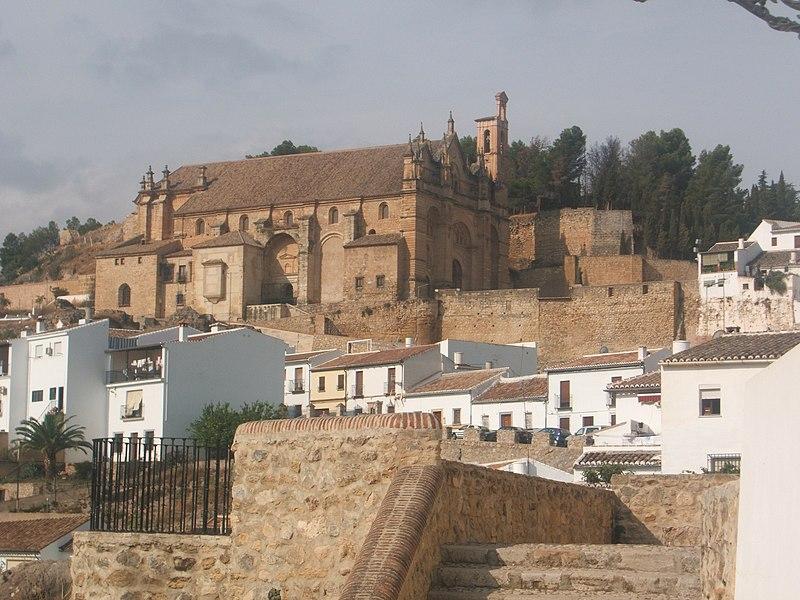 File:Alcazaba de santa maria.JPG