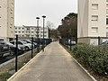 Allée piétonne aux Folliets (rue des Folliets à route de Genève), Saint-Maurice-de-Beynost.jpg