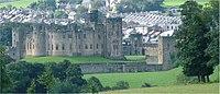 Alnwick Castle - Northumberland - 140804.jpg