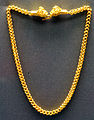 Ancient greek jewelry Staatliche Antikensammlungen Room 10 05.jpg